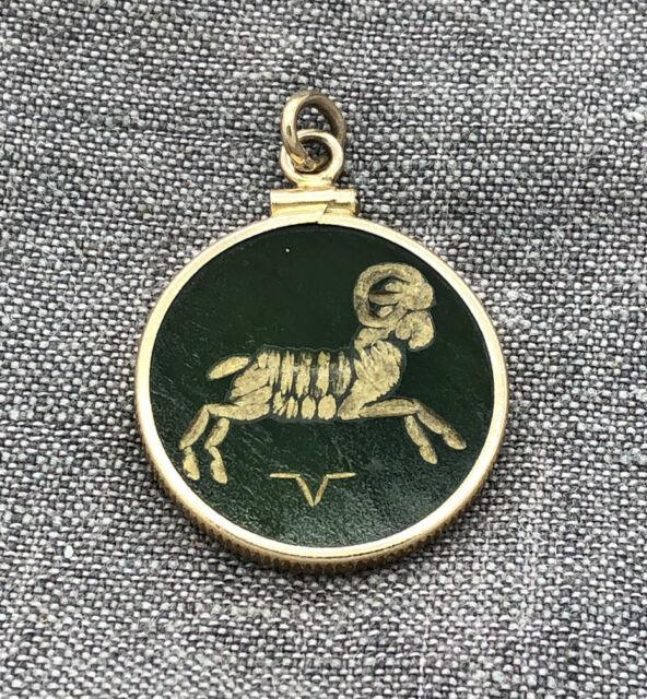 Vintage 14k Gold Spinach Jade Aries Charm Zodiac Symbol Ram Pendant Coin Edge